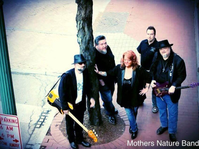 Mothers Nature Band Featuring Lola Spencer